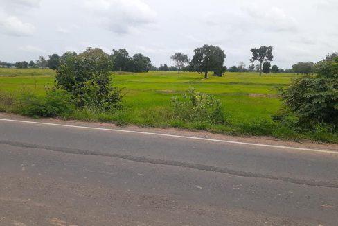 PK34 ขายที่ดินเปล่า ติดถนนใหญ่ 8 ไร่ ห่างจากตัวเมืองบุรีรัมย์ 5 กม.