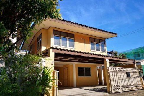 ให้เช่า บ้านเดี่ยว 2 ชั้น ซอยลาดพร้าว 26 ใกล้ MRT