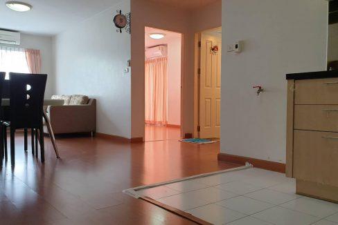 ให้เช่าคอนโด ชาโตว์ อินทาวน์ รัชดา36 ใกล้ MRT ลาดพร้าว มี 2 ห้องนอน 1 ห้องน้ำ