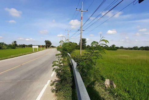 ขายด่วน!!!ที่ดินแปลงสวยทำเลดี ติดถนนเส้นหลัก(4031)ใกล้ชุมชนเนื้อที่ 4-0-72ไร่ เหมาะปลูกบ้าน ทำธุรกิจค้าขาย,ธุรกิจจัดสรร