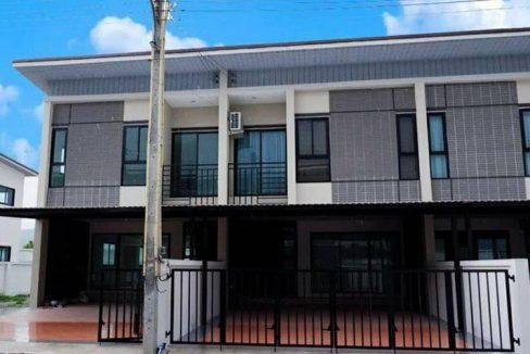ขาย/ให้เช่า ทาวน์โฮม 2 ชั้น 31 ตร.วา หมู่บ้าน Perfect Ville ติดถนนข้าวหลาม บางแสน ชลบุรี