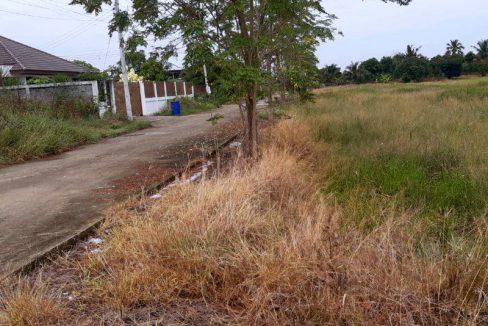 ขายที่ดินแปลงสวย ทำเลดี ติกถนนติดคลองสาธารณะใกล้ชุมชนใกล้จุดขึ้นลงทางด่วนบางใหญ่-ทวาย เนื้อที่ 3 ไร่