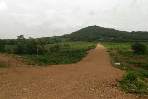 ขายที่ดินโฉนด 220 ไร่ ติดถนนสายวังม่วง-มวกเหล็ก สระบุรี ห่างจุดขึ้นลงมอเตอร์เวย์ 6 กม.