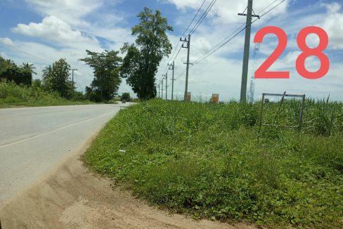 ขายด่วน!!!!! ที่ดินติดถนน กำแพงเพขร-ขาณุวรลักษบุรี 18 ไร่ ด้านท้ายติดแม่น้ำปิง ต.วังบัว อ.คลองขลุง จ.กำแพงเพชร