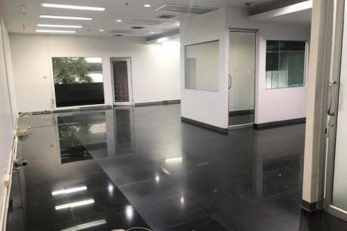 KR-380 ให้เช่าพื้นที่สำนักงาน 141 ตรม. ในอาคารสิรินรัตน์ ถนนพระราม 4 ใกล้ทางด่วน