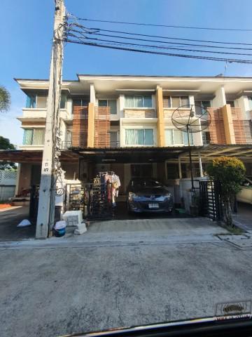 รหัสทรัพย์ 5379 ให้เช่า Townhome หมู่บ้าน Townplus เพชรเกษม บางแค ใกล้ MRT ภาษีเจริญ