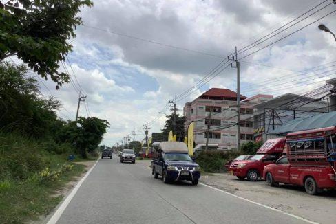 ขายที่ดิน 150 ตารางวา ติดถนน ใกล้สนามบิน มหาวิทยาลัย รถไฟฟ้าความเร็วสูง มอเตอร์เวย์ แหล่งชุมชน