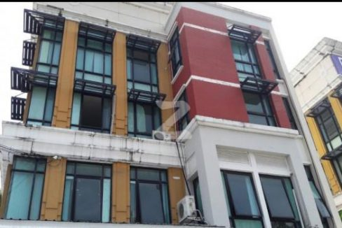 PP827 ให้เช่าตึกแถว-อาคารพาณิชย์มือสองใกล้ MRT ศรีเอี่ยม บางนา กรุงเทพมหานคร
