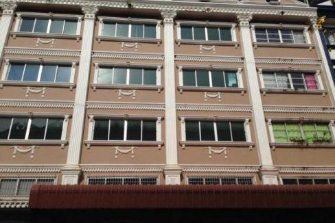 รหัสทรัพย์ 5377 ปล่อยเช่า อาคารพาณิชย์ 4 ชั้น 1/2 สี่แยกลำผักชี ถนนสุวิทวงศ์