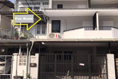 ทาวน์โฮม160 ตรม 3 นอน 3 น้ำใกล้ MRT เสนานิคม