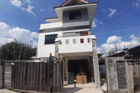 ขายบ้านเดี่ยว สร้างใหม่ 3 ชั้น 40 ตรว ซอยวิภาวดี 17