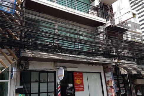 ให้เช่าตึกแถว 3ชั้น สีลมซอย 3 ใกล้สถานีช่องนนทรี