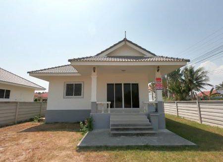 ขาย บ้านเดี่ยว ห้องมุม อ.ชะอำ จ.เพชรบุรี 120 ตรม. 113 ตร.วา ใกล้วัดห้วยทรายใต้