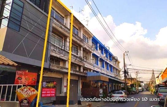 ขาย อาคารพาณิชย์ 3 ชั้นครึ่ง ซอยรามอินทรา 44 ใกล้ตลาด กม.7