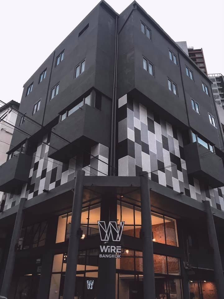 ขายต่ำกว่าทุน Hostel, Service Apartment พระโขนง ห้องมุม 2 คูหา 6 ชั้น 30 ห้อง มีร้านกาแฟ จอดรถได้ 5 คัน ใกล้ BTS พระโขนง พร้อมดำเนินการทันที